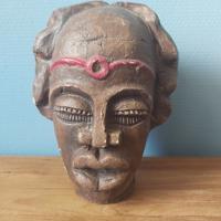 handgemaakt bronzenbeeld hoofd