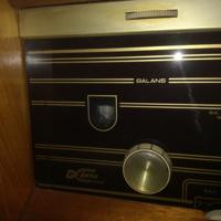 zeer oude phillips radio met d/r knoppenE125-