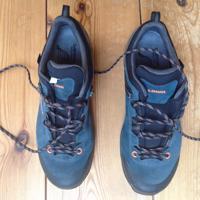 Lowa wandelschoenen met stevige zool, zo goed als nieuw