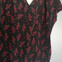shirt met bloemen en v-hals met koordje XL