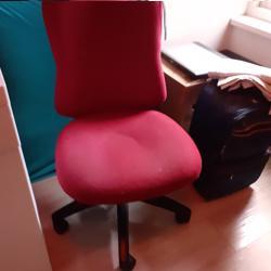 Buro stoel, bekleding schoon en heel