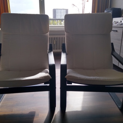 2 IKEA loungestoelen