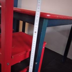 Tafeltje en twee stoeltjes