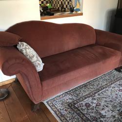 Dieprode sofa/bank