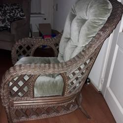 Rieten fauteuil met kussen
