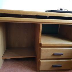 Bureau (houten) af te halen