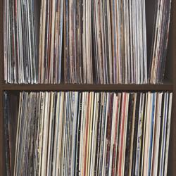 LP hoezen gezocht (voor aan de muur)