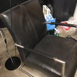 Mooie zwarte kunstleren fauteuil