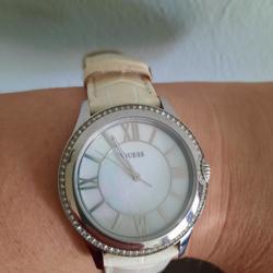 Nette dames guess horloge