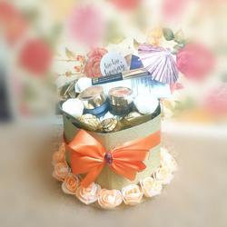 Bloemdecoratie flowerbox moederdag cadeau make-up giftset