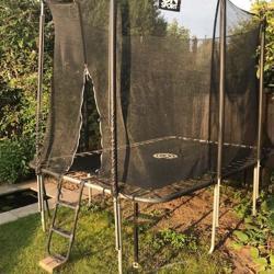 Flinke rechthoekige trampoline (4,2 m bij 2,2m)