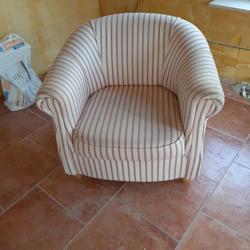 Halfronde fauteuil