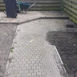 10x10 stenen ongeveer 37 m2 gratis af te halen