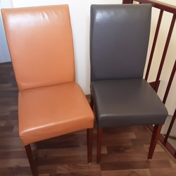 2 mooie leren eetkamer stoelen
