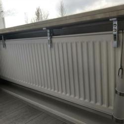 4 verstelbare plankdragers voor de radiator