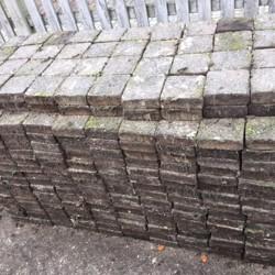 Gratis afhalen Sierstenen 15 x 15cm 900 stuks circa 20 m2