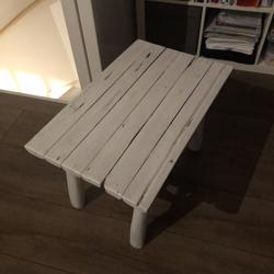 Teak houten tafeltje