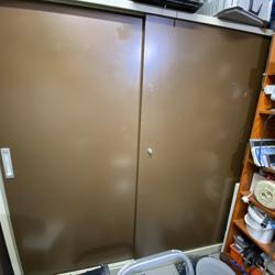 Stalen kast voor berging/ garage 200 x 200 x 50 cm schuifdeuren met
