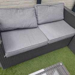 Loungeset, 2 fauteuils 1 tafel 1 bank