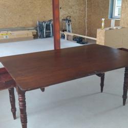 Antiek houten hangoor tafel