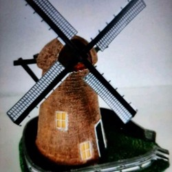 Molen voor kerstdorp te koop!!