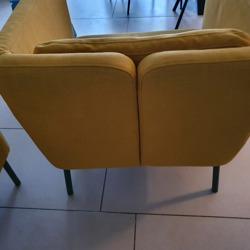 Twee gele fauteuilles