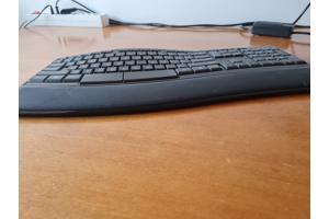 Ergonomisch draadloos toetsenbord, nieuwstaat