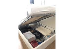 MALM bed IKEA met veel opbergruimte