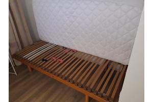 Eenpersoonsbed (logeerbed), evt. met matras