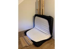 Bed Ikea (incl matras)
