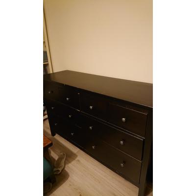 Zwarte brede ladekast Hemnes Ikea
