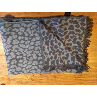 lange sjaal petrolblauw met panterprint
