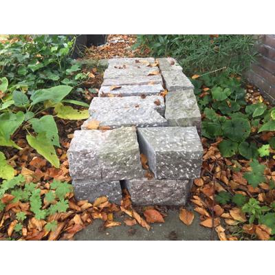 20 stenen voor een border