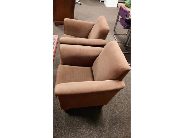2 bruine fauteuilles stoeltjes fijne rib bruin