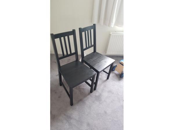 Zwarte stoelen (8x)