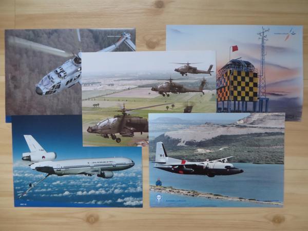 Land- en luchtmacht spullen (oa posters, kaarten, kalender)